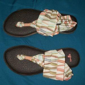 Sanuk Yoga Mat Sling Sandals